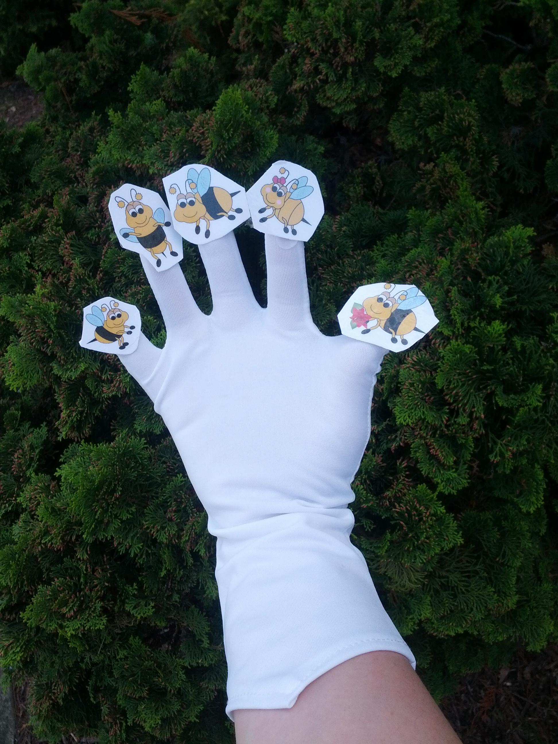 teachingheart bug glove