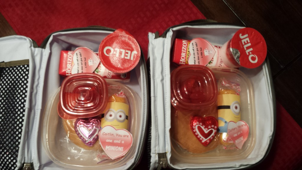 It's a minion Valentine Lunch